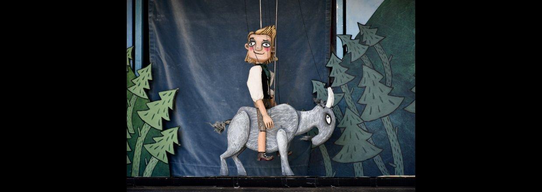 Klods-Hans i TeaterTraileren ved Fraugde Børnehus  i Odense kl. 10.30