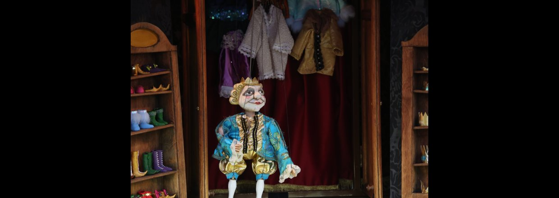 Kejserens nye klæder i TeaterTraileren i Børnehave Østre i Odense kl. 10.30